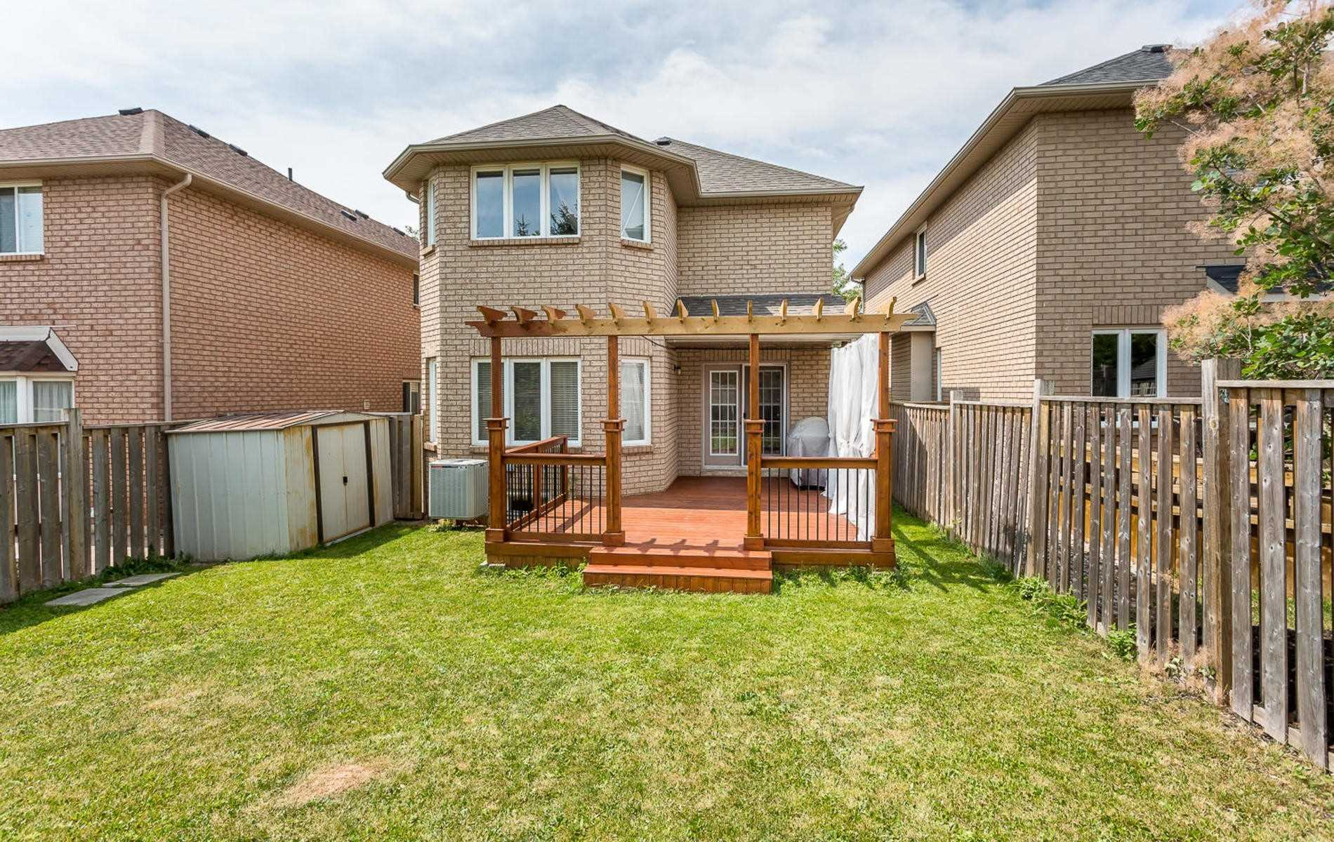 2407 Valley Heights Cres, Oakville W4382558