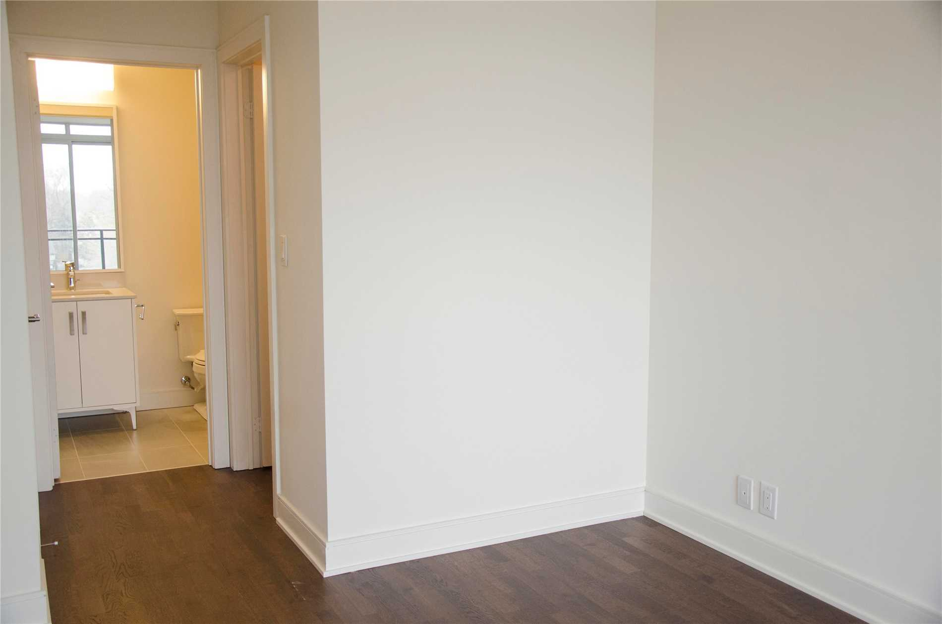 #322 - 1575 Lakeshore Rd W, Mississauga W4382838