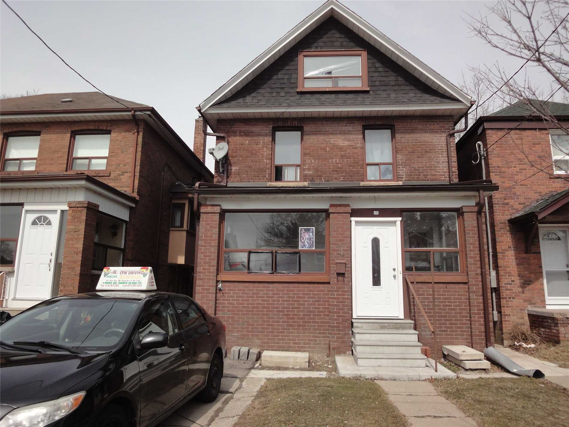 4 Dennis Ave, Toronto W4401764