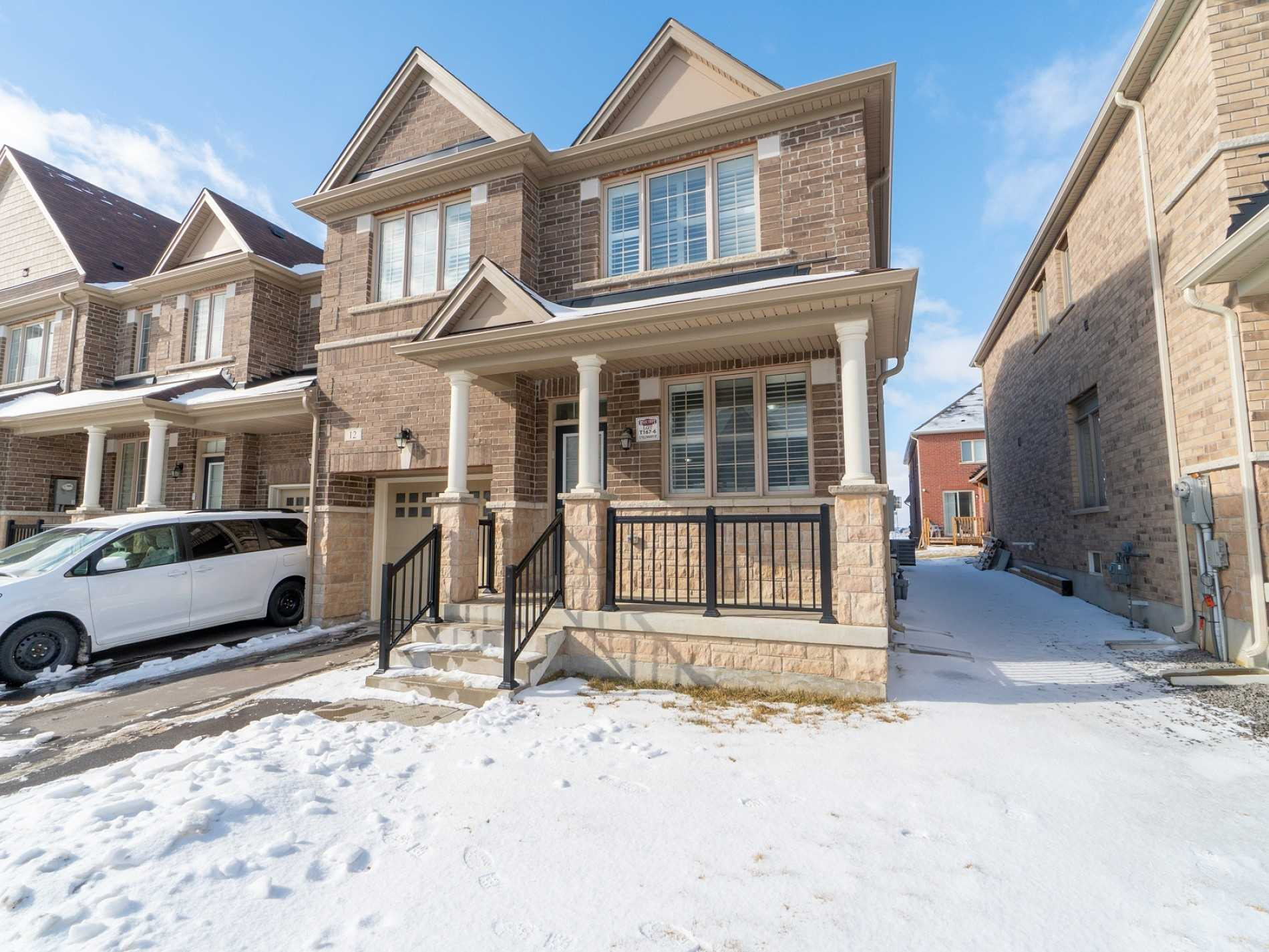12 Yellowknife Rd, Brampton W4405105