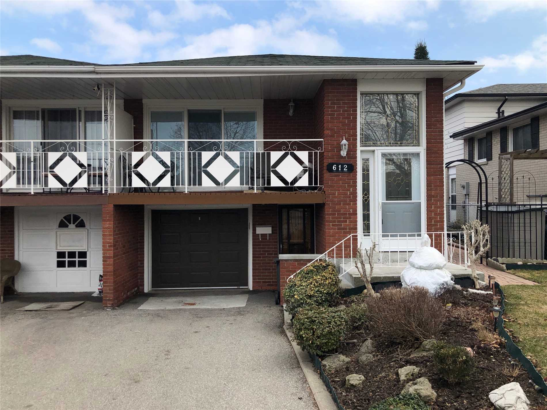 612 Green Meadow Cres, Mississauga W4406894