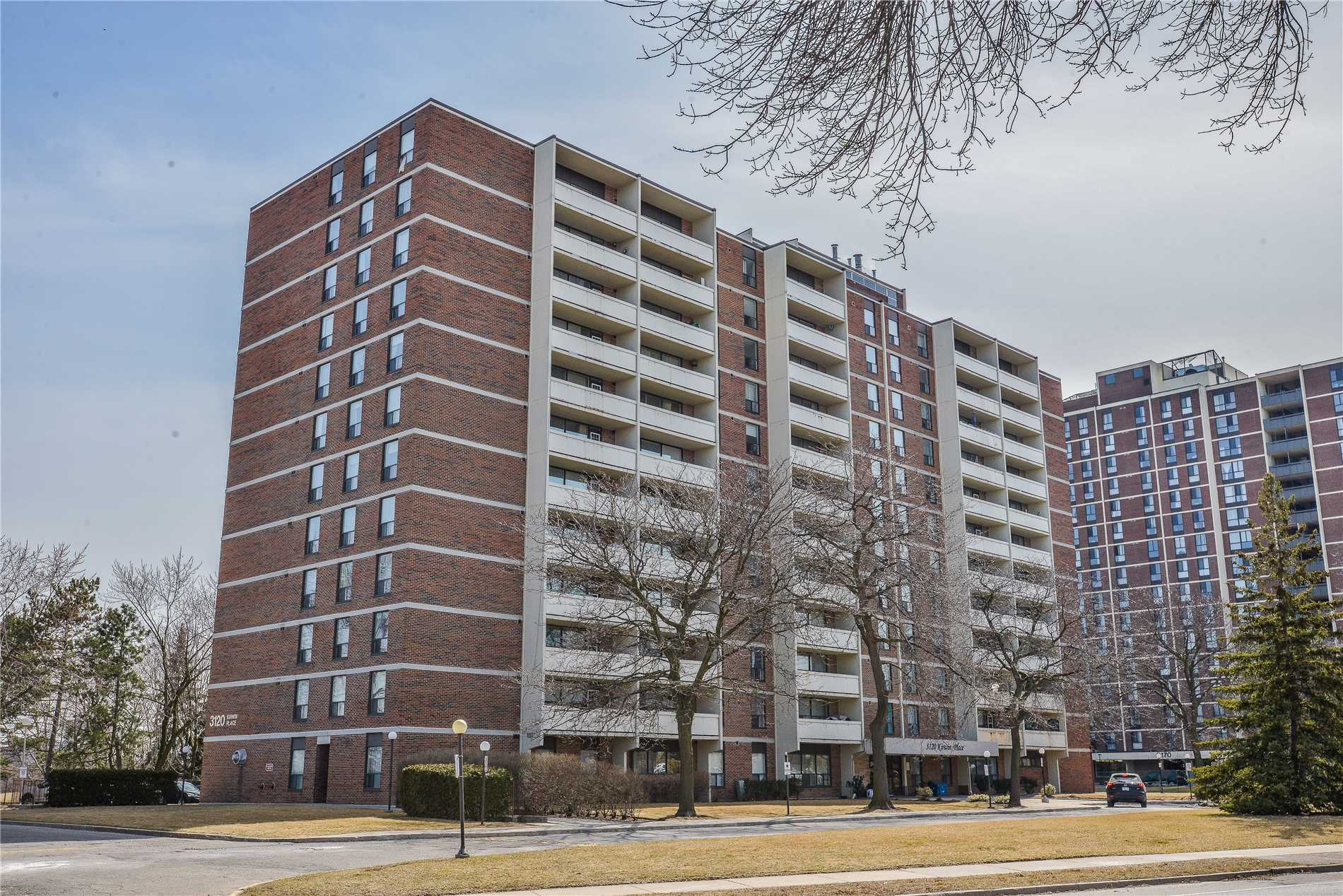 #806 - 3120 Kirwin Ave, Mississauga W4408540