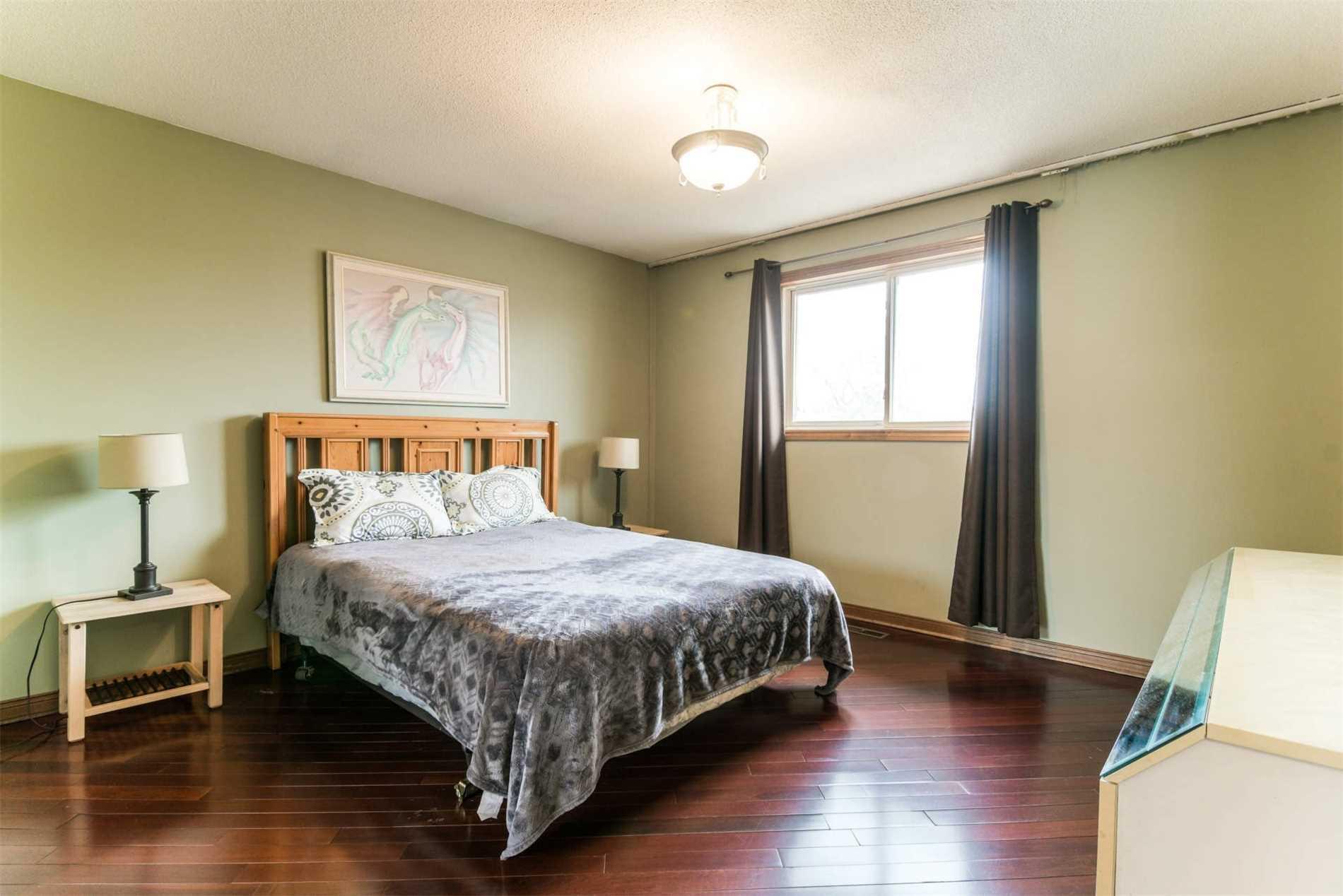 4251 Greybrook Cres, Mississauga W4408710