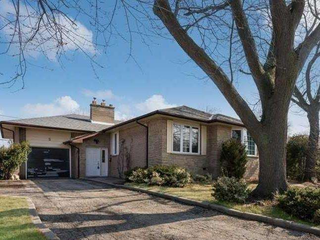 5 Moon Valley Dr, Toronto W4409374