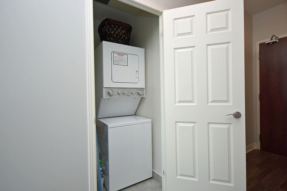 #1601 - 339 Rathburn Rd W, Mississauga W4412036