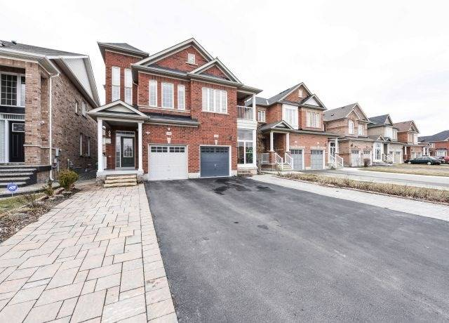 574 Coach Dr, Mississauga W4412561