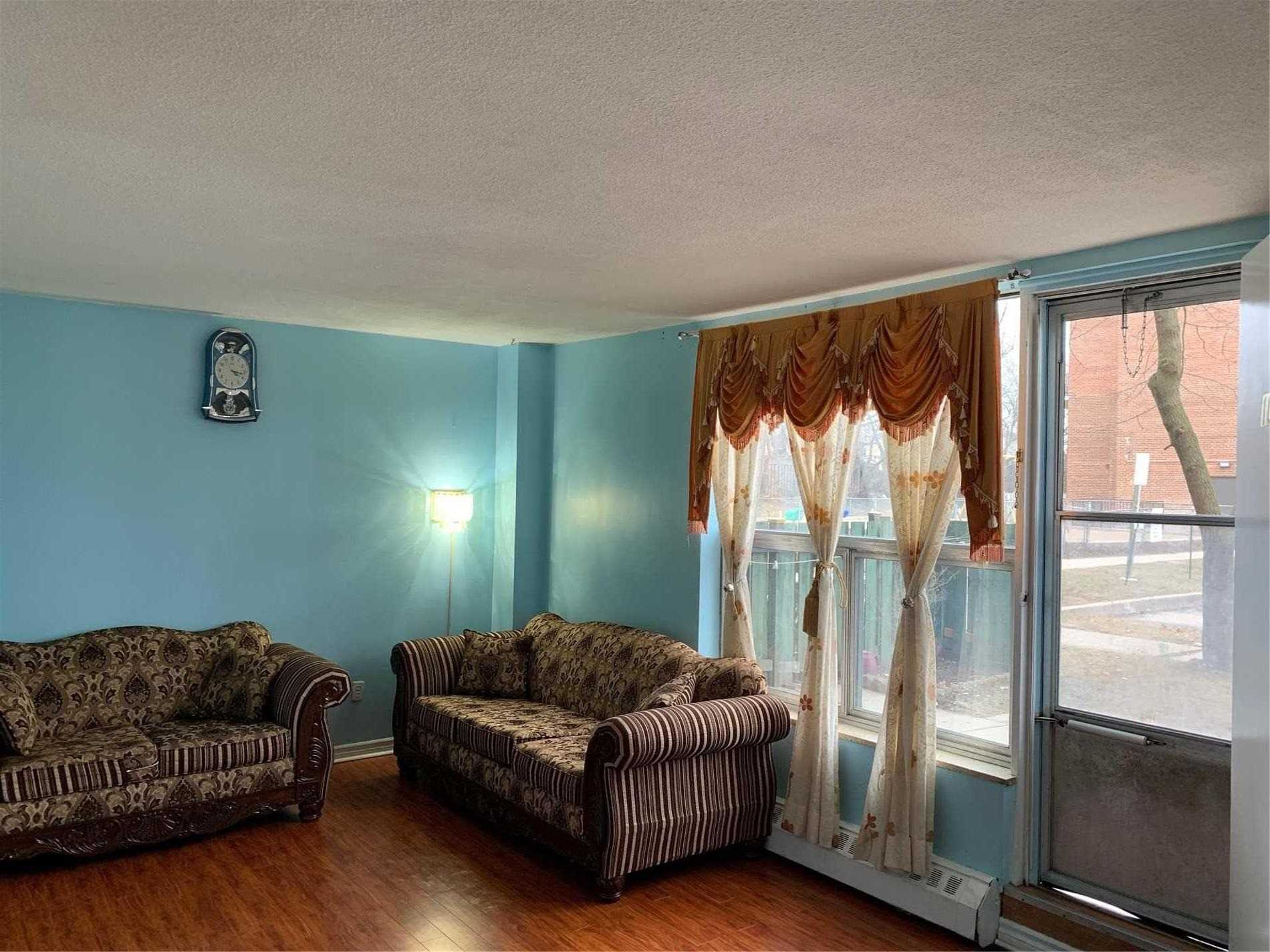 #108 - 1055A Forestwood Dr, Mississauga W4413614