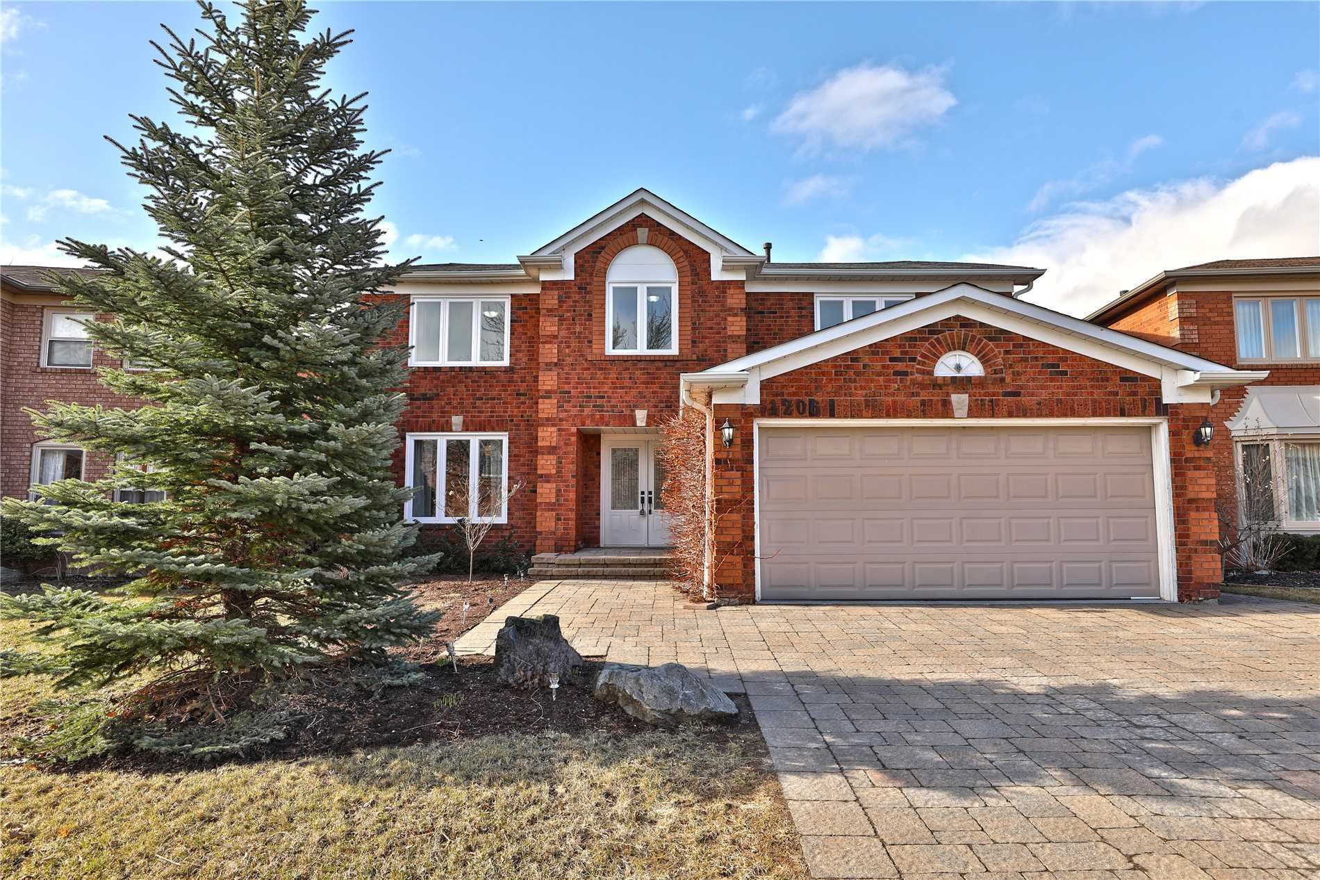 1206 Kings College Dr, Oakville W4414000