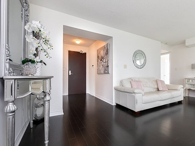 #2203 - 208 Enfield Pl, Mississauga W4441403