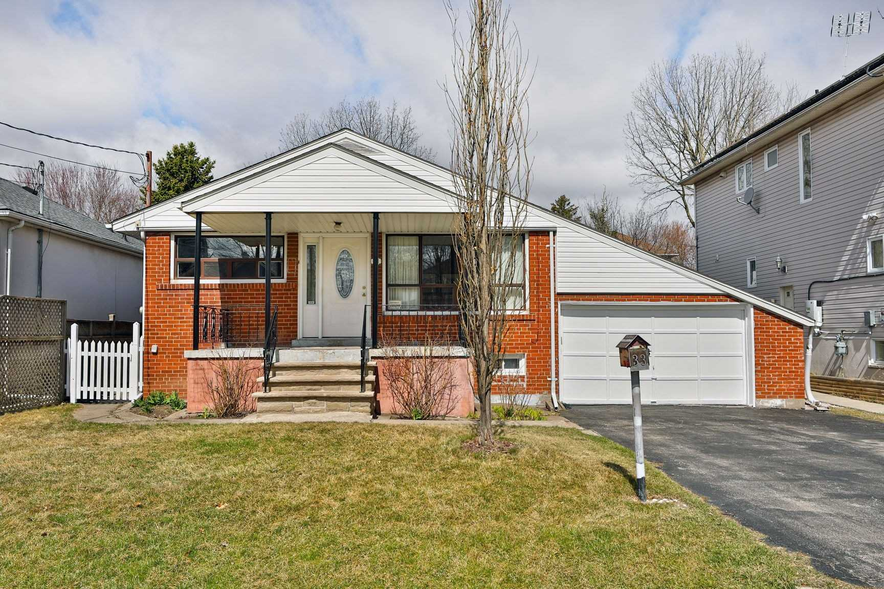 33 Troy St, Mississauga W4446063
