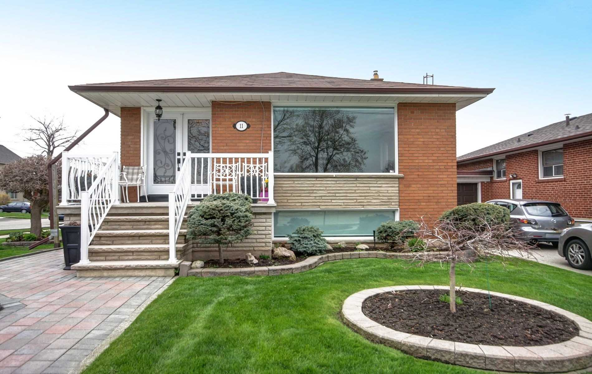 11 Ourland Ave, Toronto W4447853