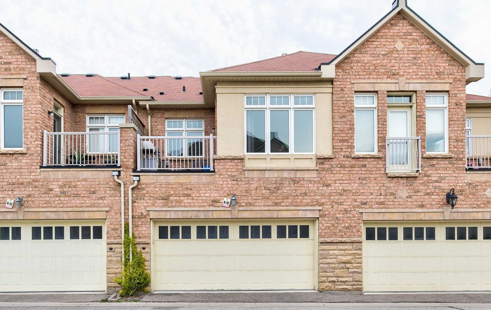 2012 Lakeshore Rd W, Mississauga W4453282