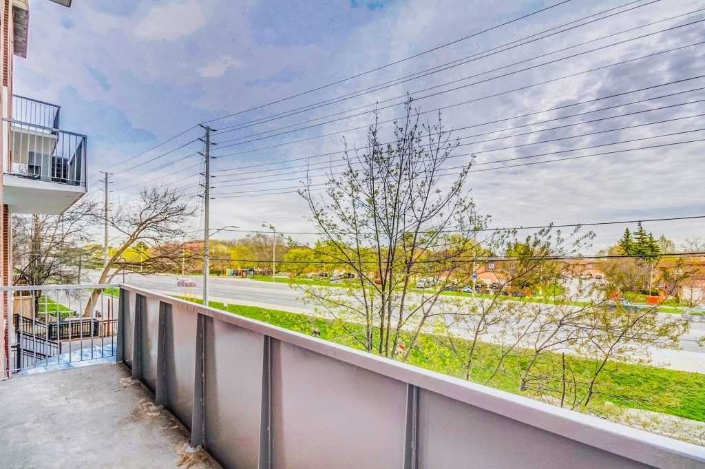 #130 - 3025 The Credit Woodlands Dr, Mississauga W4455632