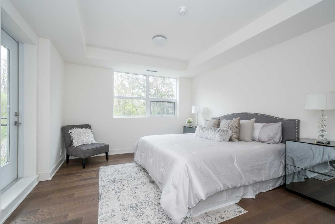 #208 - 1575 Lakeshore Rd W, Mississauga W4457281