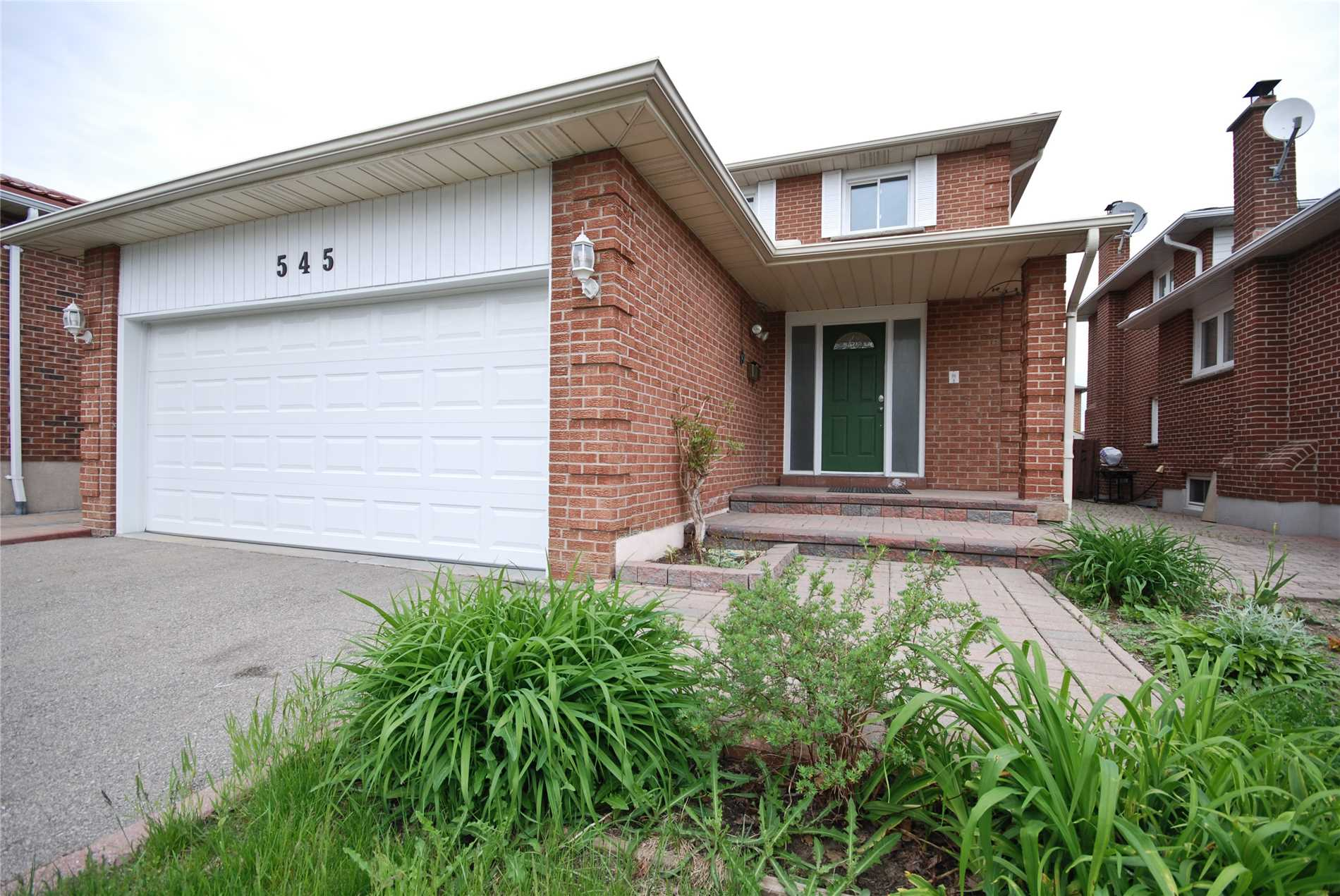 545 Willowbank Tr, Mississauga W4470423