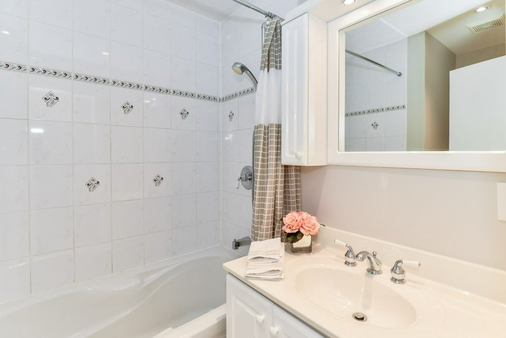 2427 Padstow Cres, Mississauga W4474240