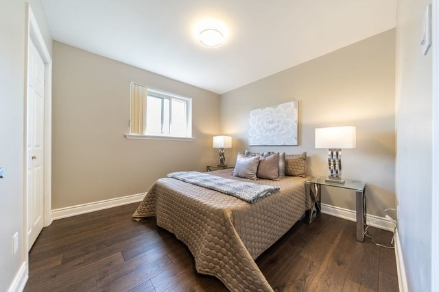 996 Forestwood Dr, Mississauga W4494186
