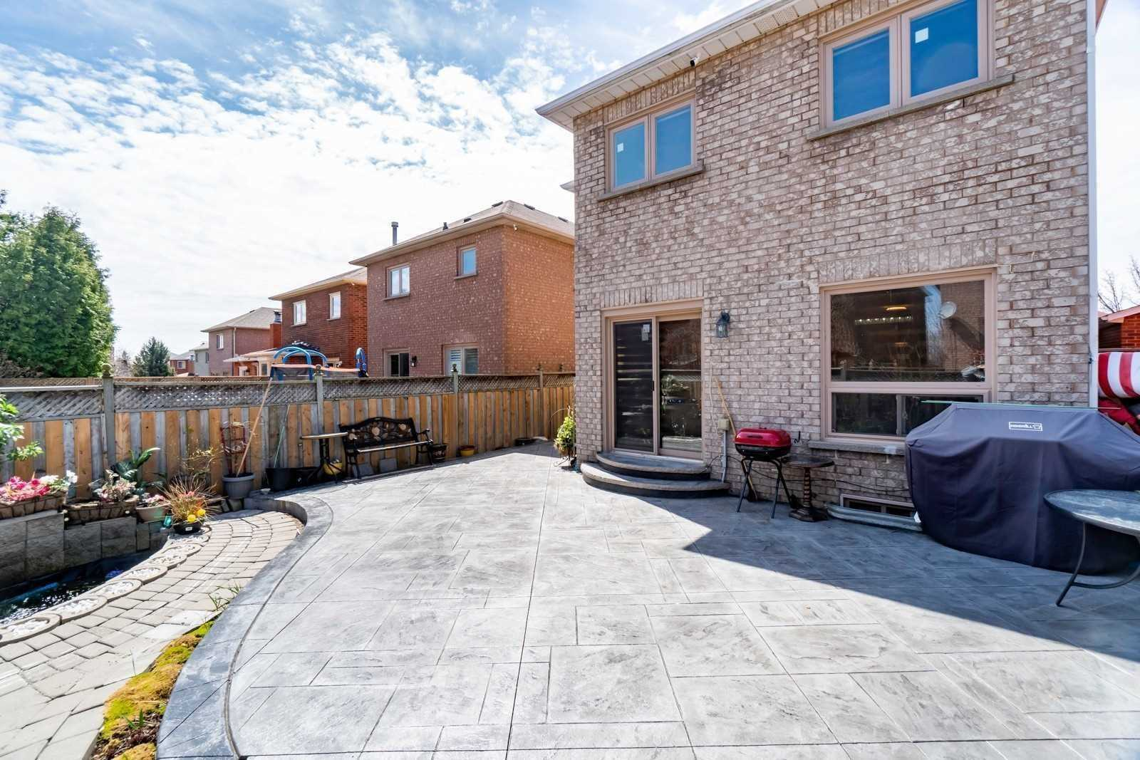 5661 Sparkwell Dr, Mississauga W4504891