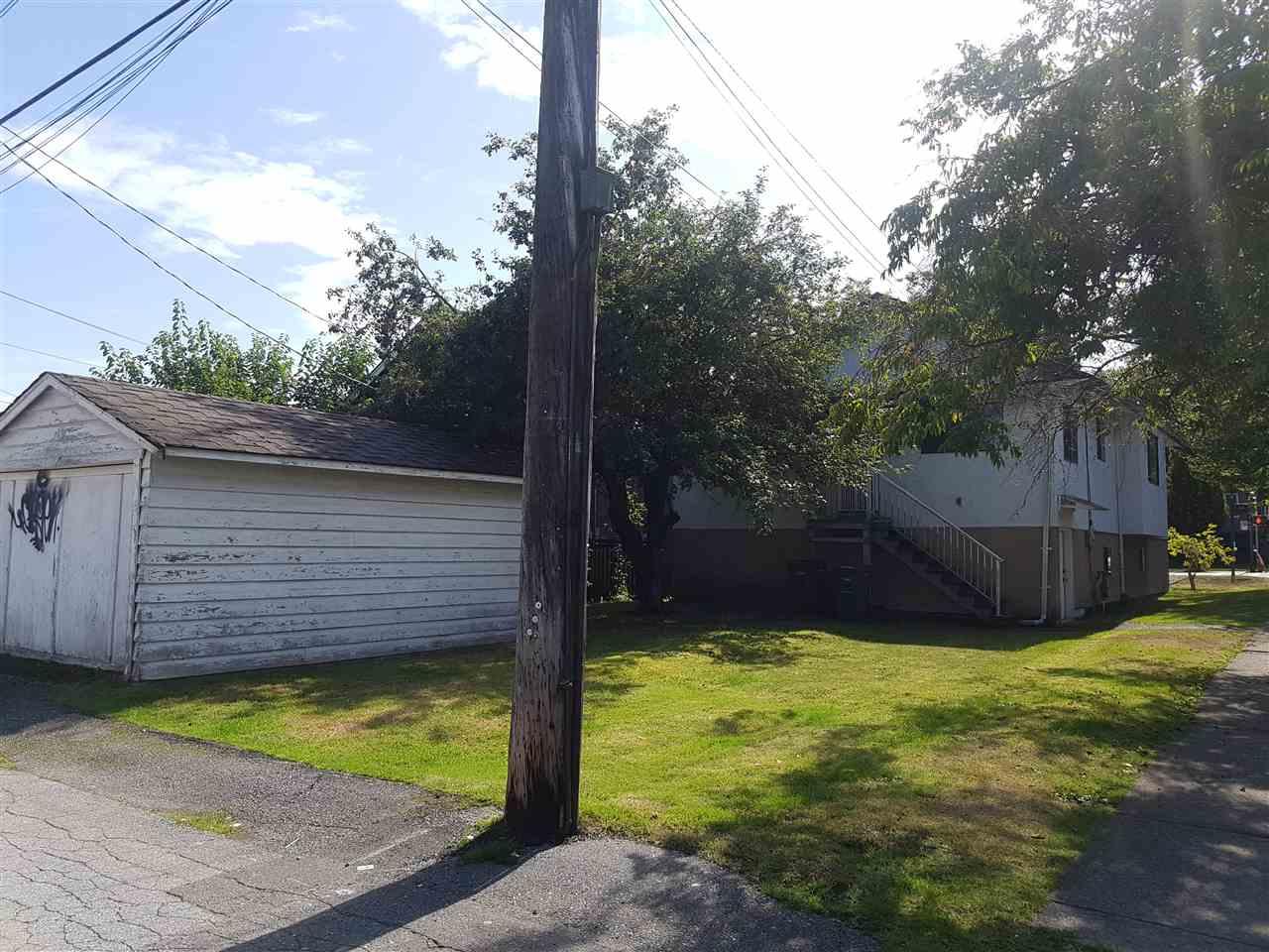 2205 1ST Avenue E, Vancouver R2400186