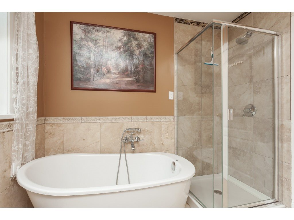 35276 MCKEE Place, Abbotsford R2401712
