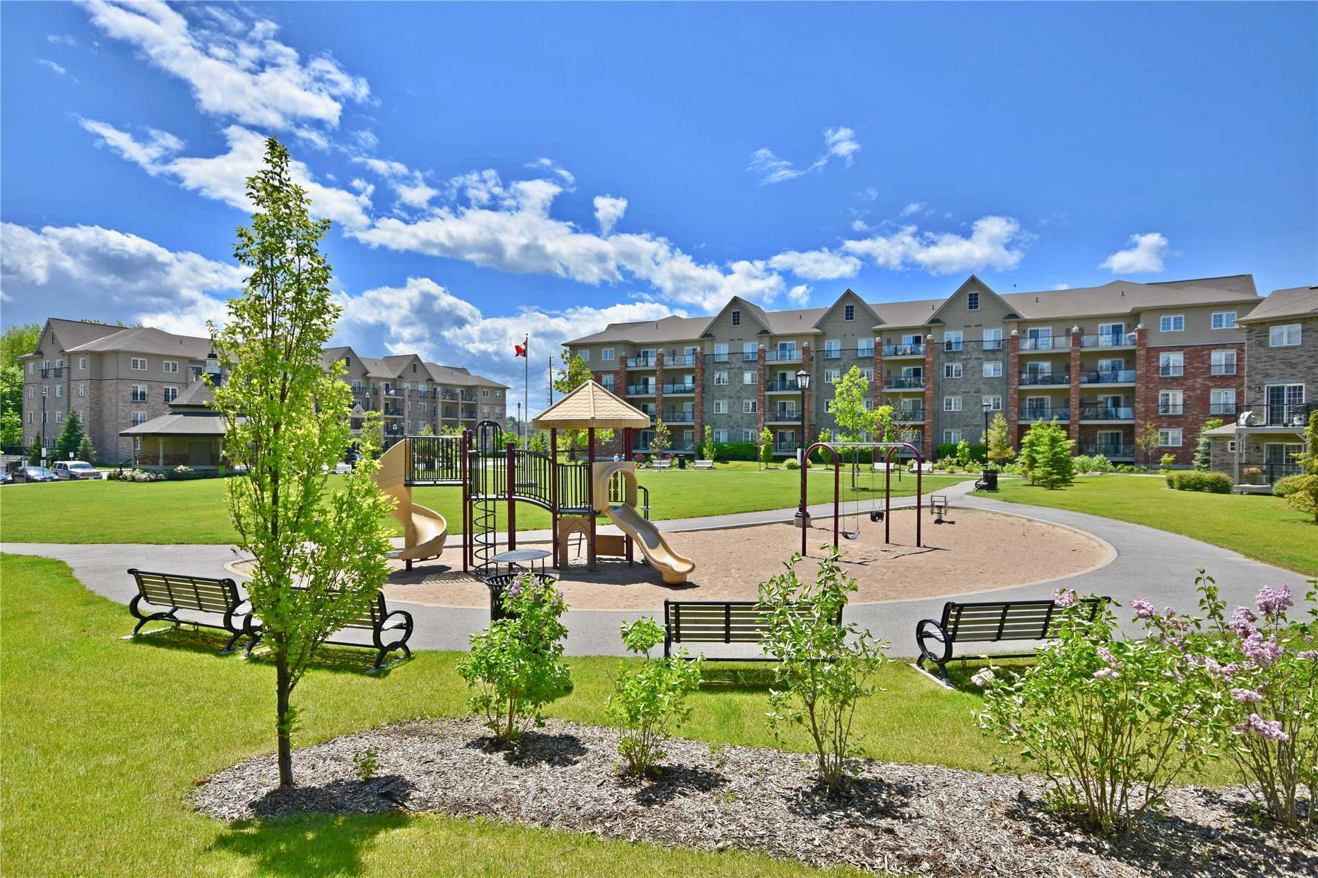 #112 - 45 Ferndale Dr, Barrie S4482959