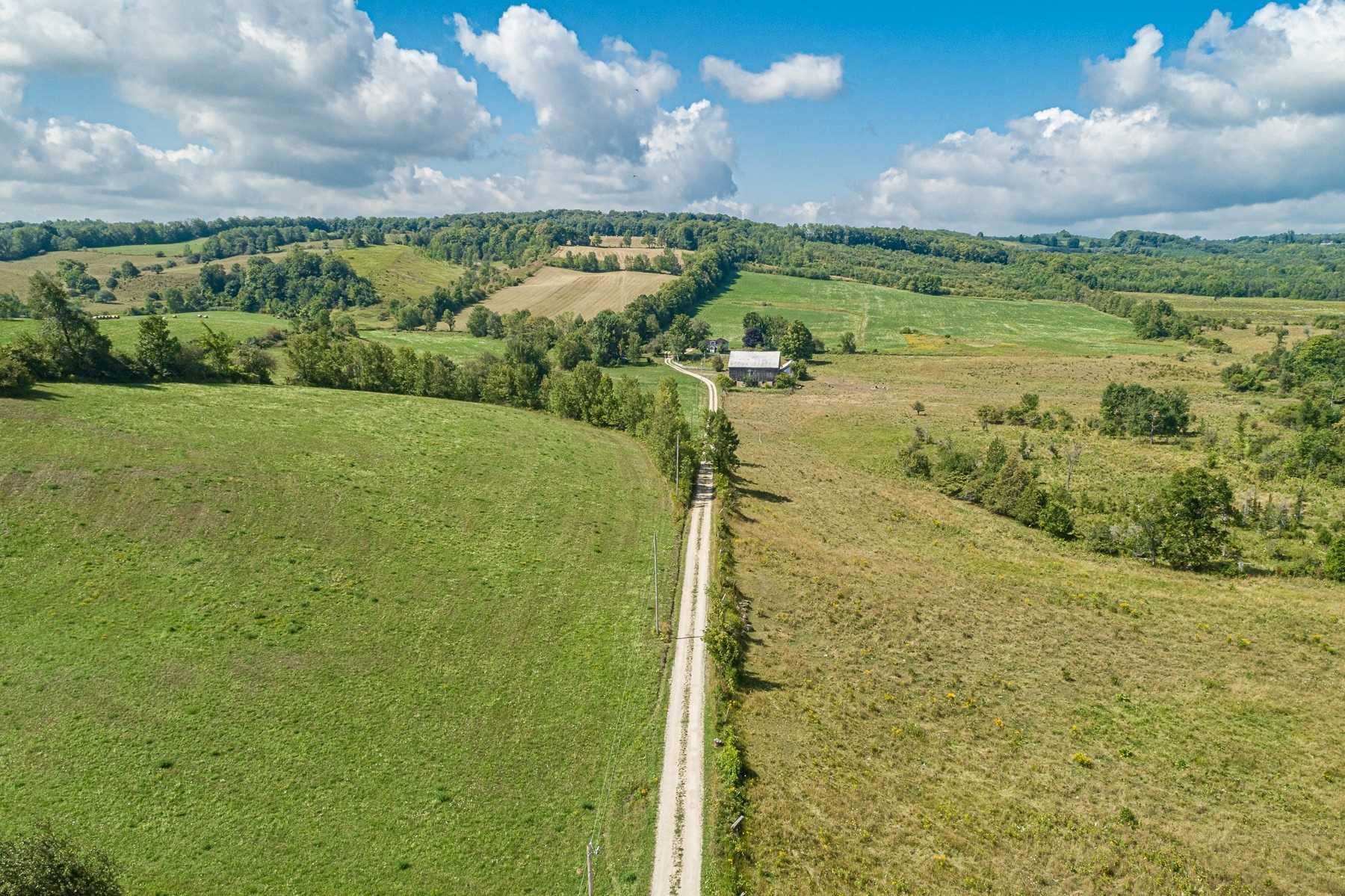 2692 Conc 8 Nottawasaga Rd S, Clearview S4558608