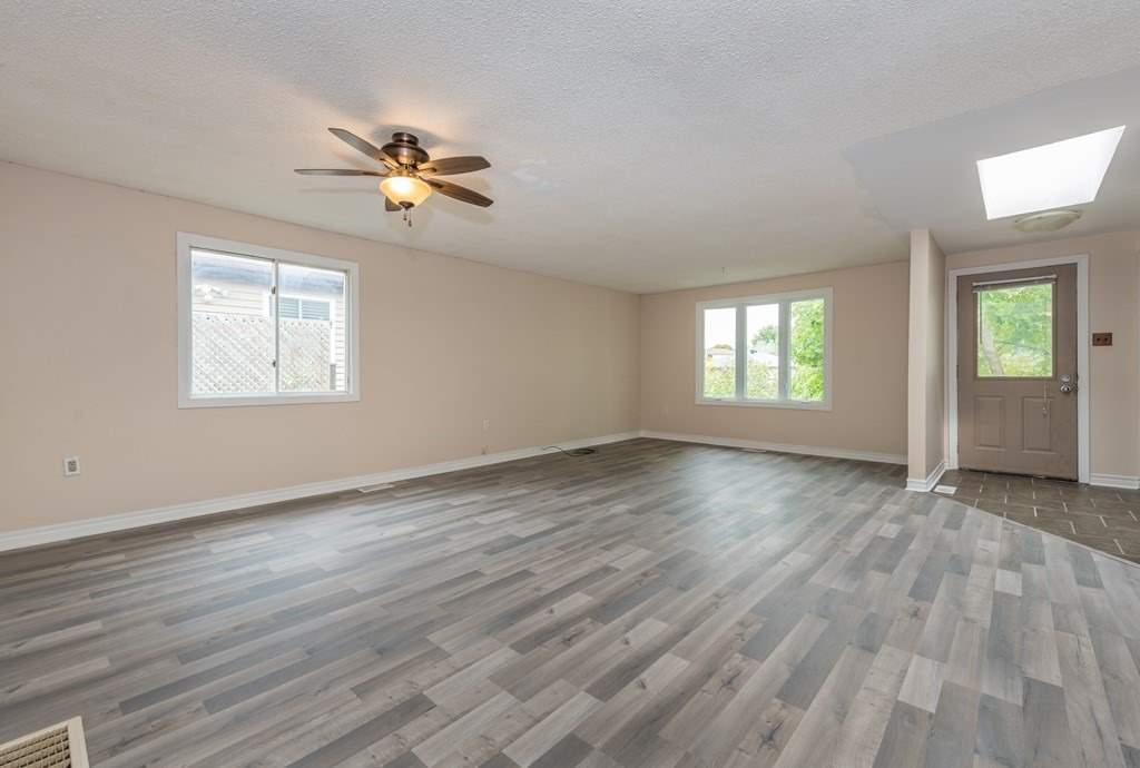 45 Hickling Tr, Barrie S4565209