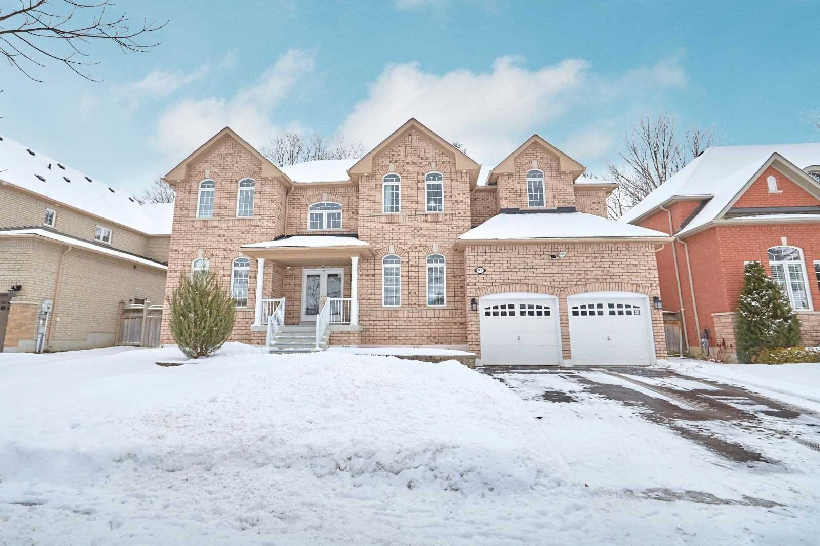 61 Camelot Sq, Barrie S4662595