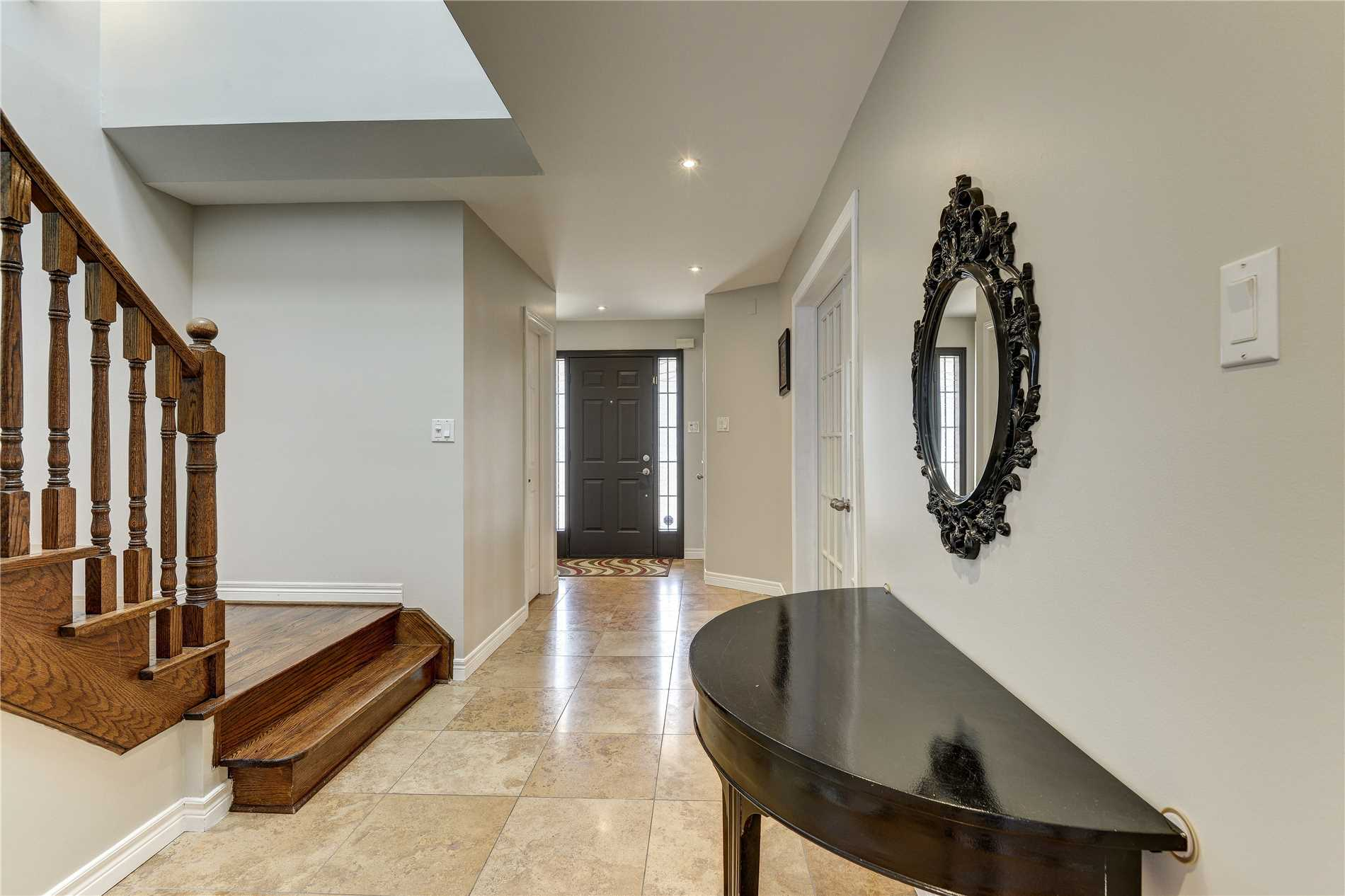 652 Four Winds Way, Mississauga W4429031