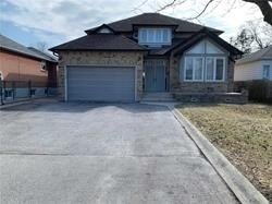3 Highland Hill, Toronto W4447787