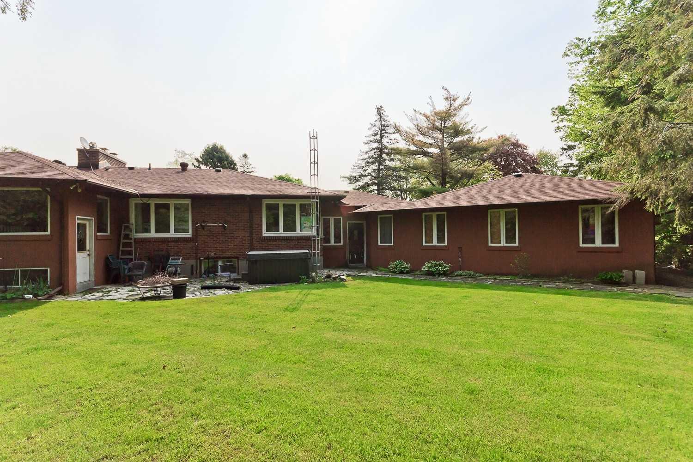 1556 Crestview Ave, Mississauga W4473394