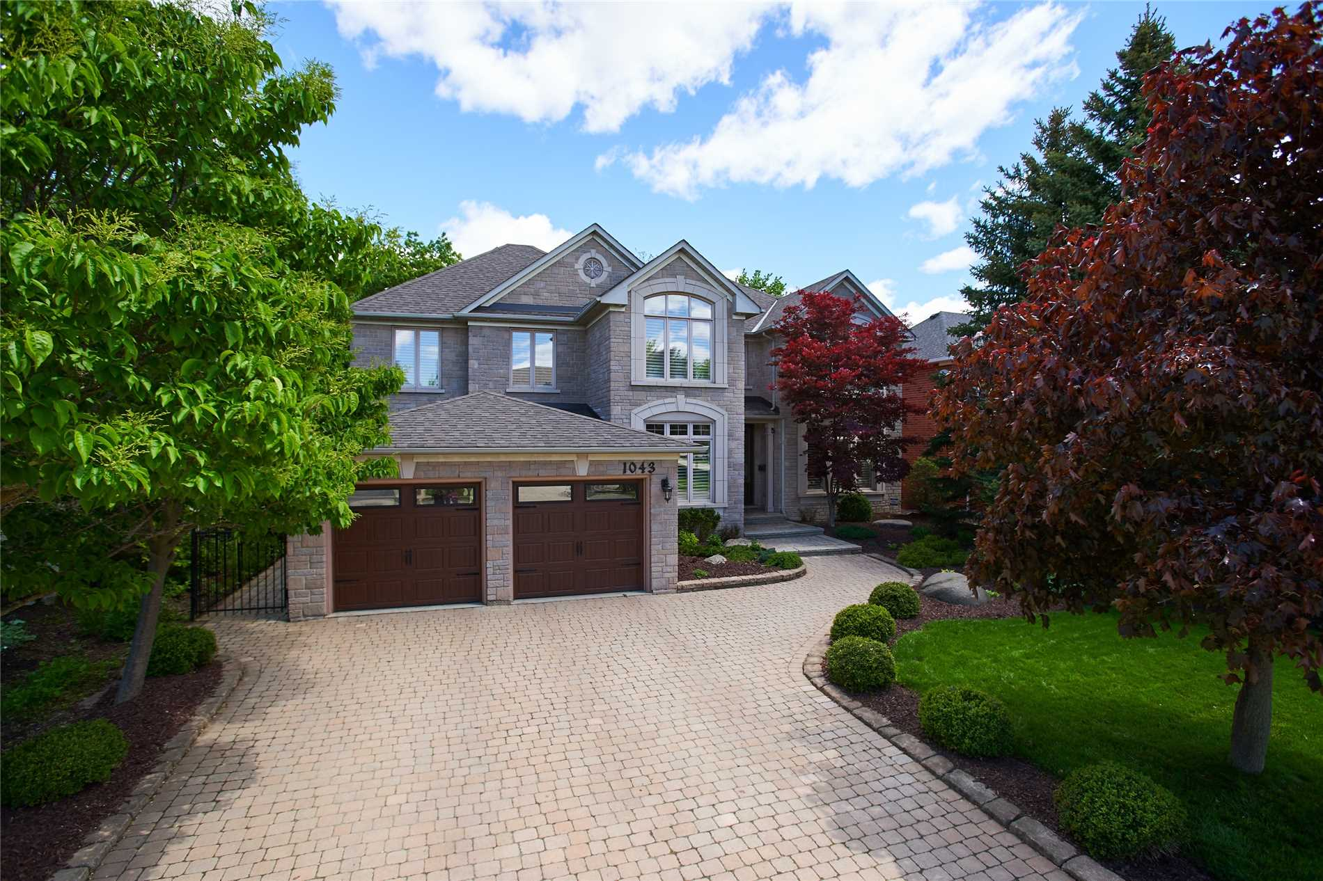 1043 Skyvalley Cres, Oakville W4475227