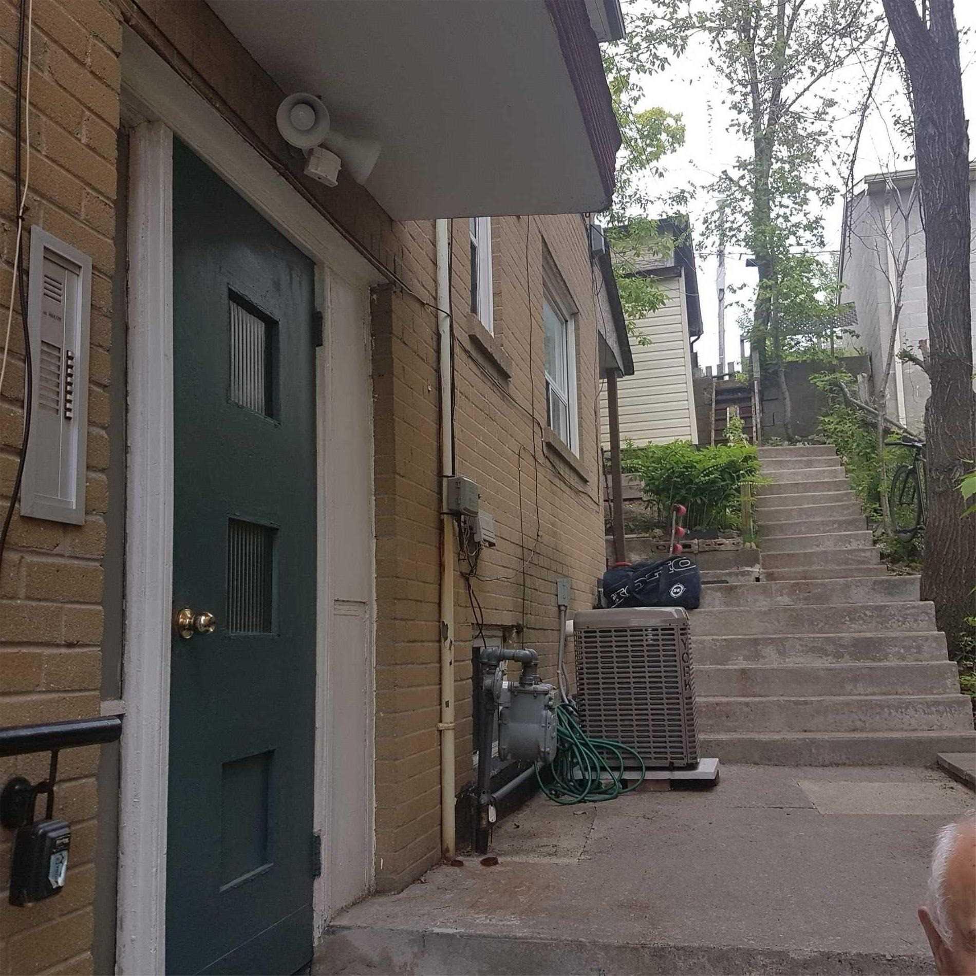 1254 Davenport Rd, Toronto W4479363
