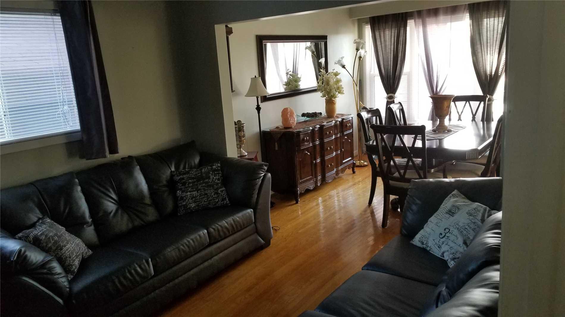 33 Ray Ave, Toronto W4479500