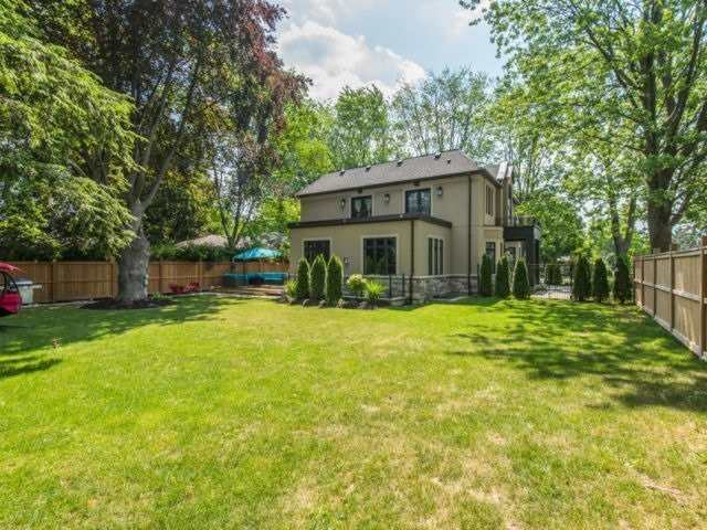 1083 Scott Ave, Oakville W4498854