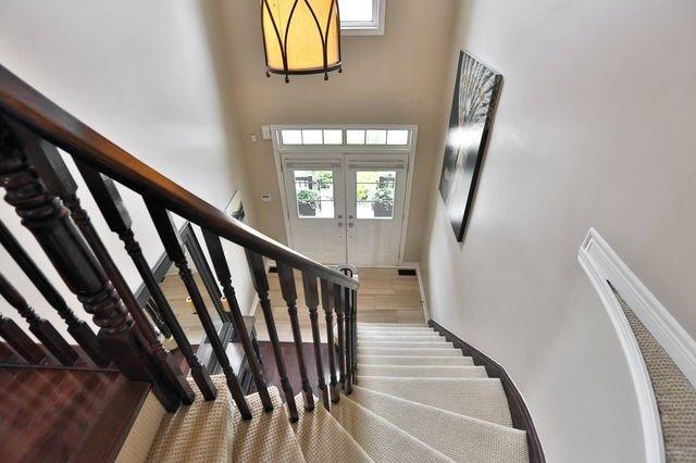 2417 Old Brompton Way, Oakville W4511756