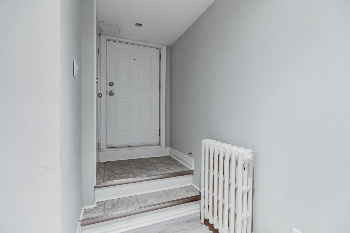 17 Runnymede Rd, Toronto W4517815