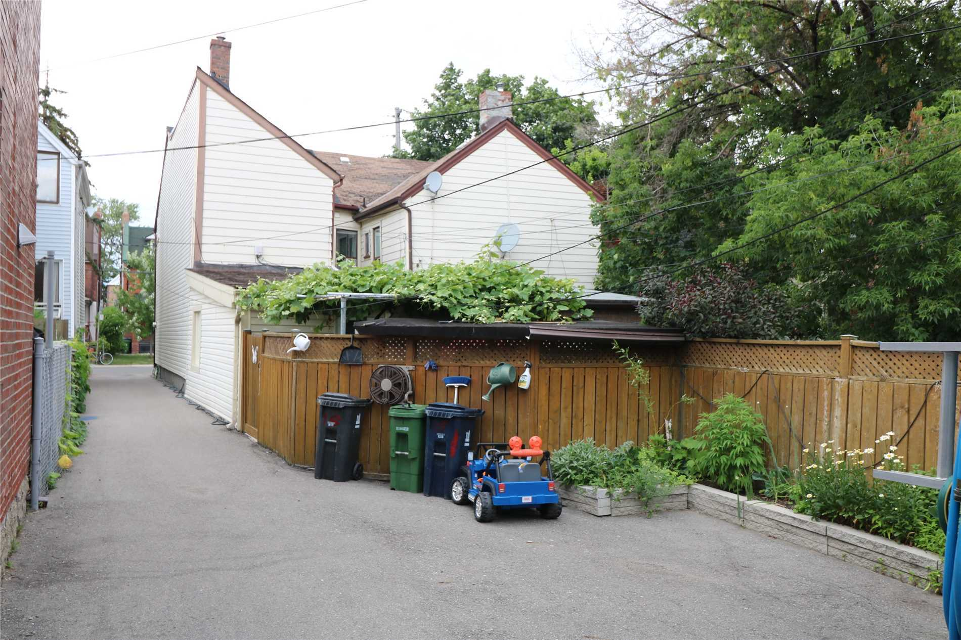 15 Wallace Ave, Toronto W4520729