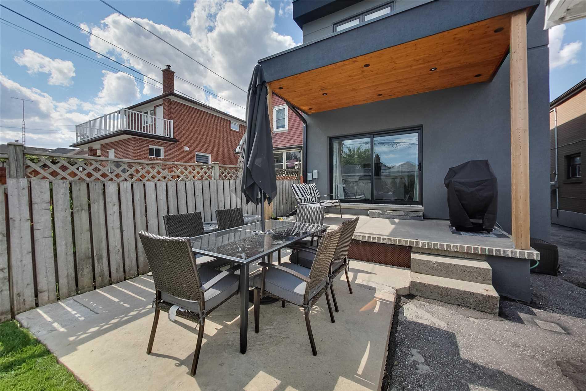 83 Belgravia Ave, Toronto W4525955