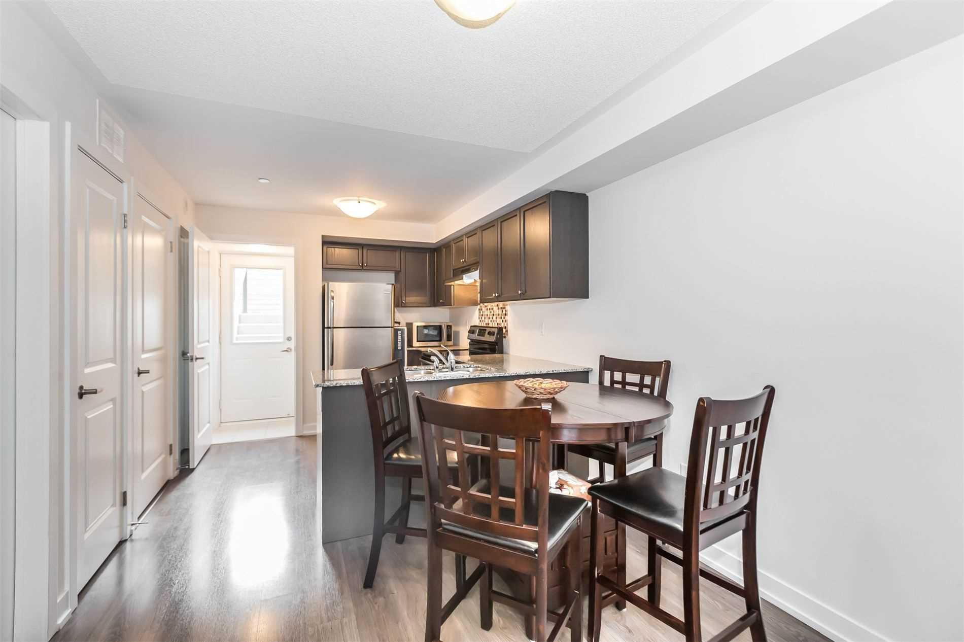#403 - 8 Drummond St, Toronto W4540295