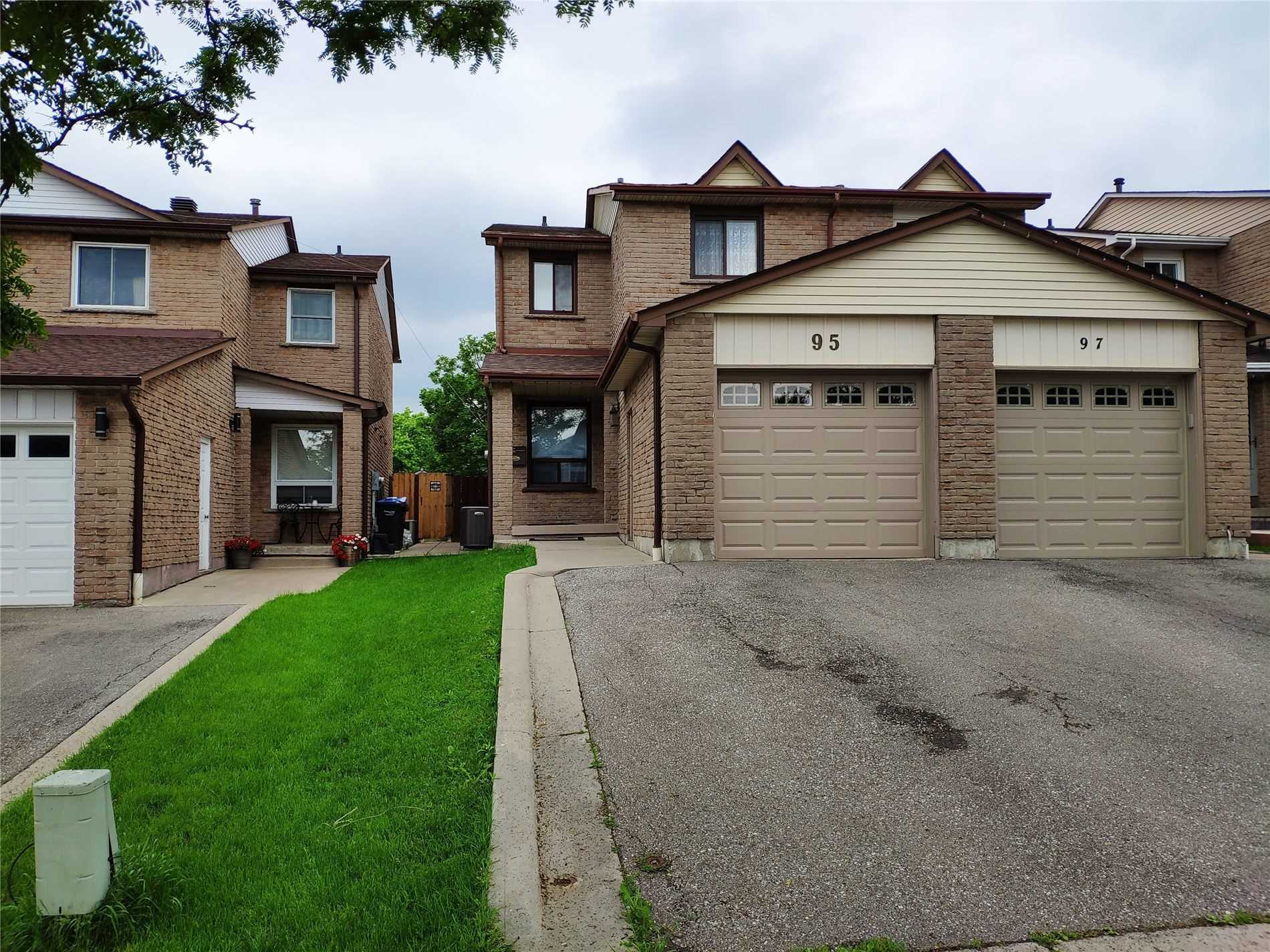 95 Chalfield Lane, Mississauga W4547129