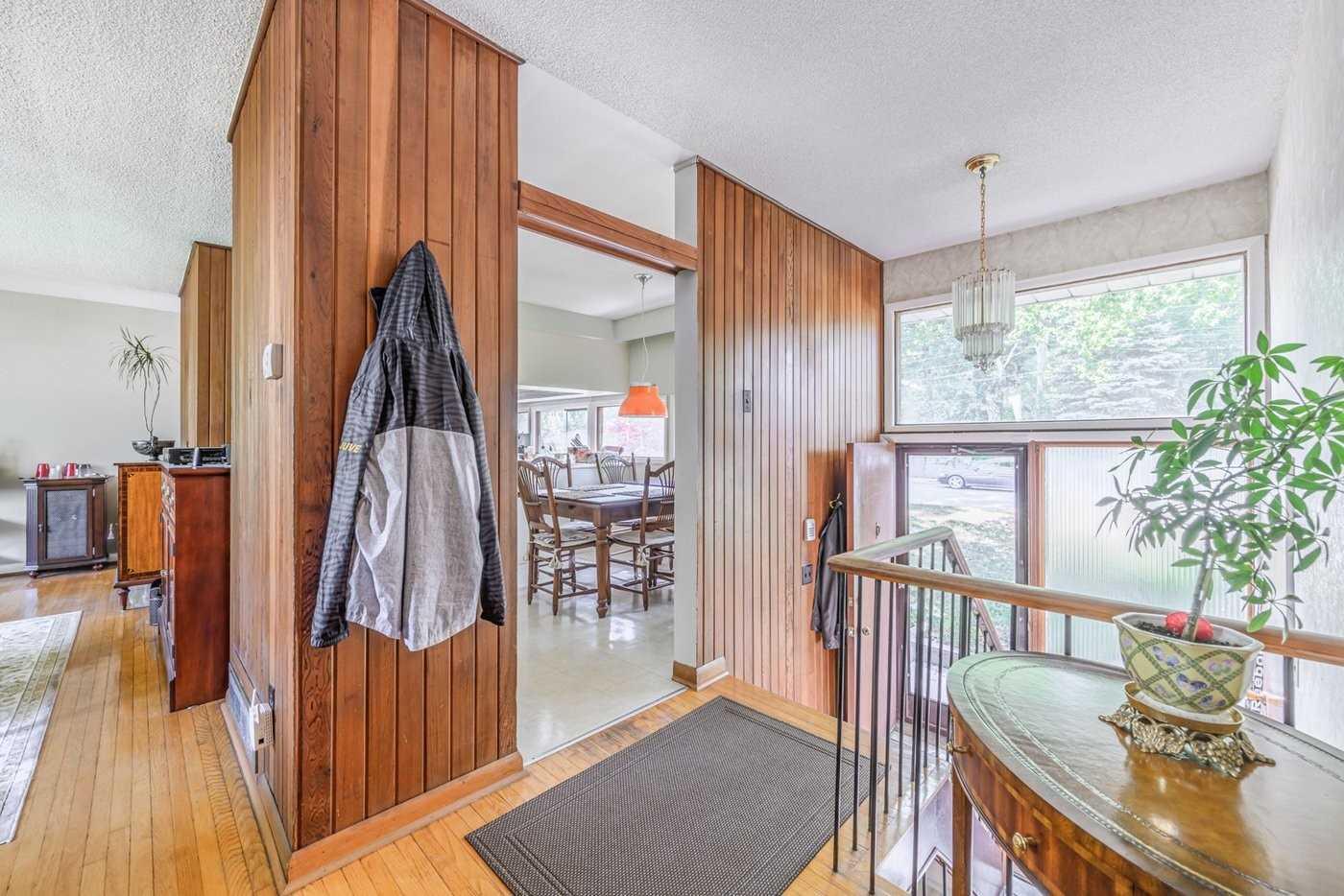 1499 Lorne Wood Rd, Mississauga W4549822