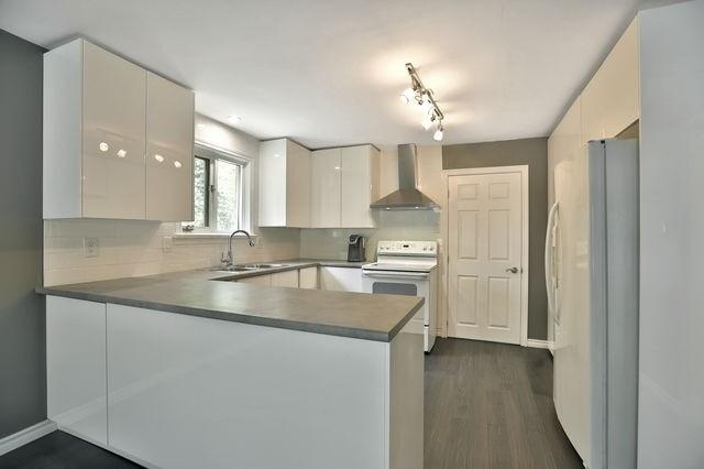 16 Clarence St, Brampton W4550920