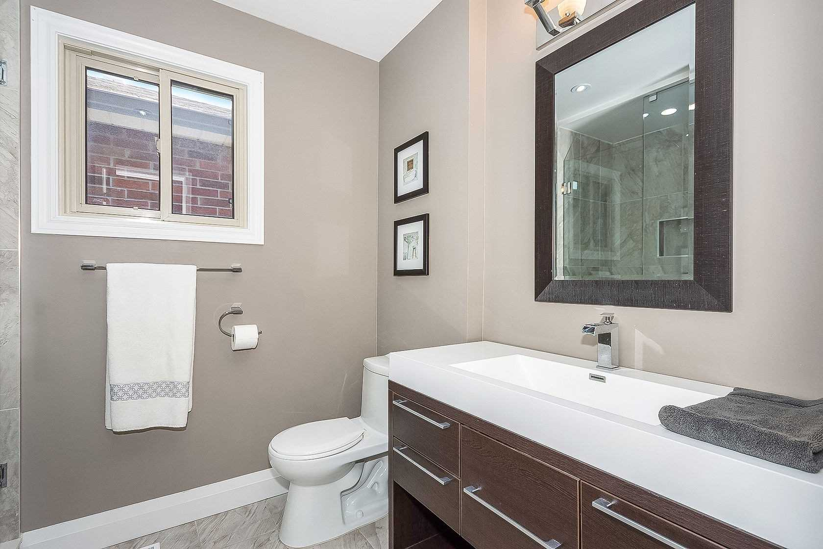 1584 Stancombe Cres, Mississauga W4552790