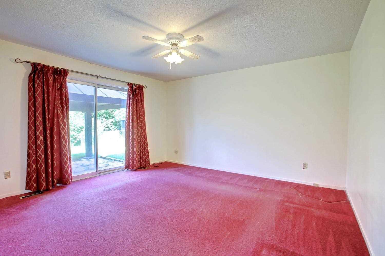 319 Sussex St, Oakville W4553451