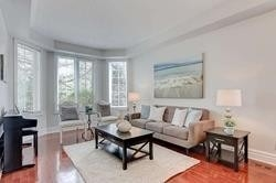 2535 Scotch Pine Dr, Oakville W4553490