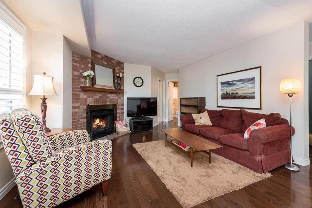 22 Ruddell Cres, Halton Hills W4559484