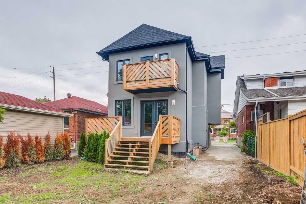 151 Royal York Rd, Toronto W4562961