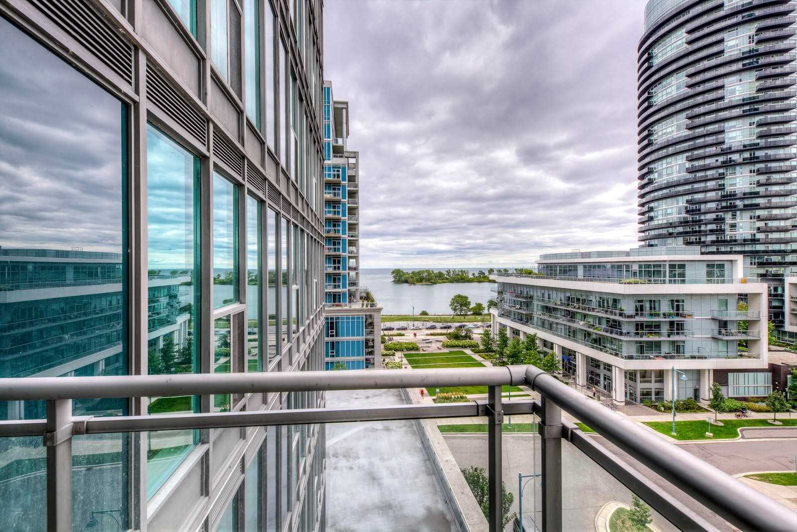 #813 - 2121 Lake Shore Blvd W, Toronto W4566430