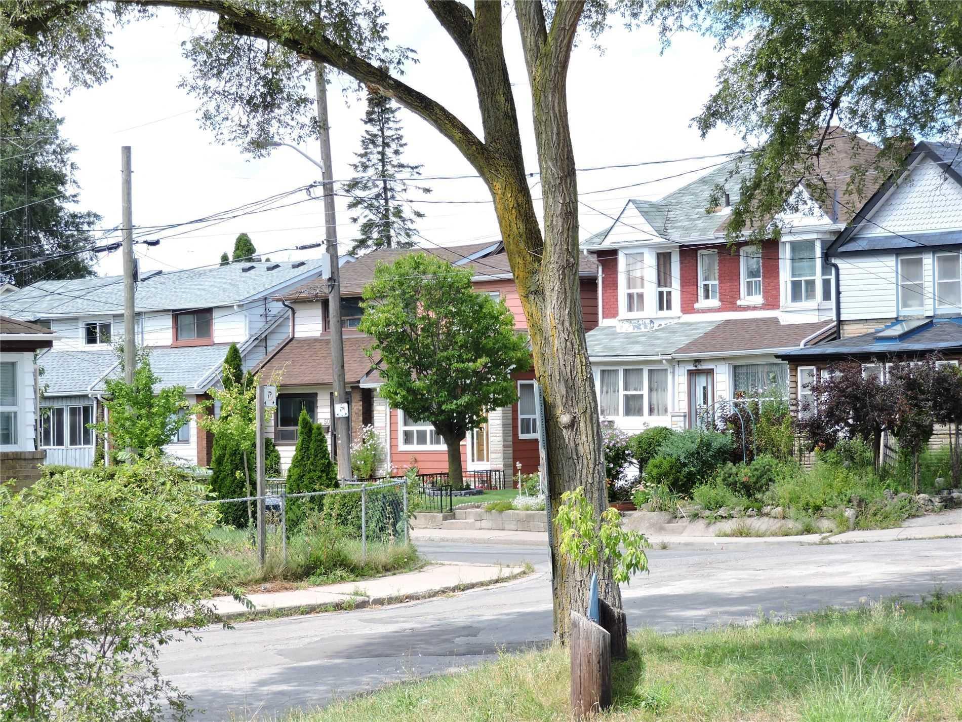 29 Ray Ave, Toronto W4566972